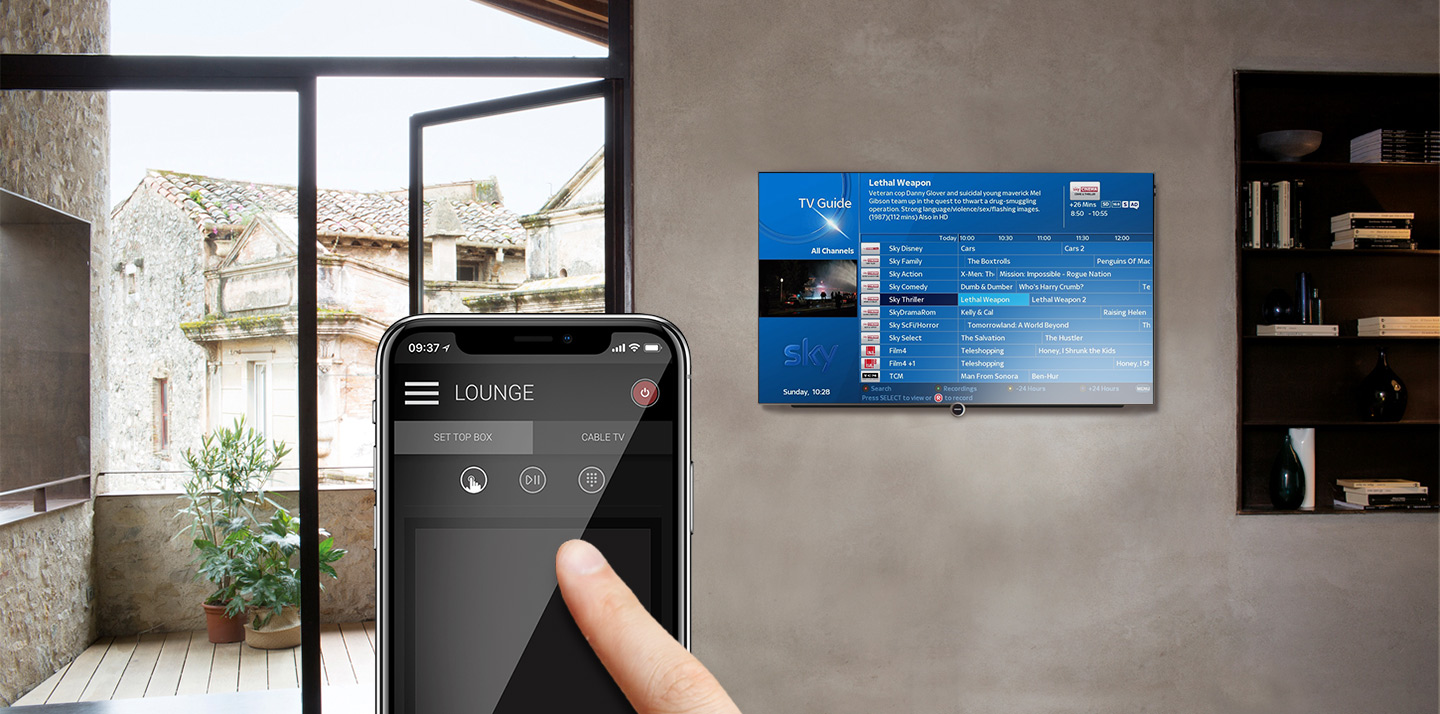 HDanywhere Ucontrol app on phone controlling the TV